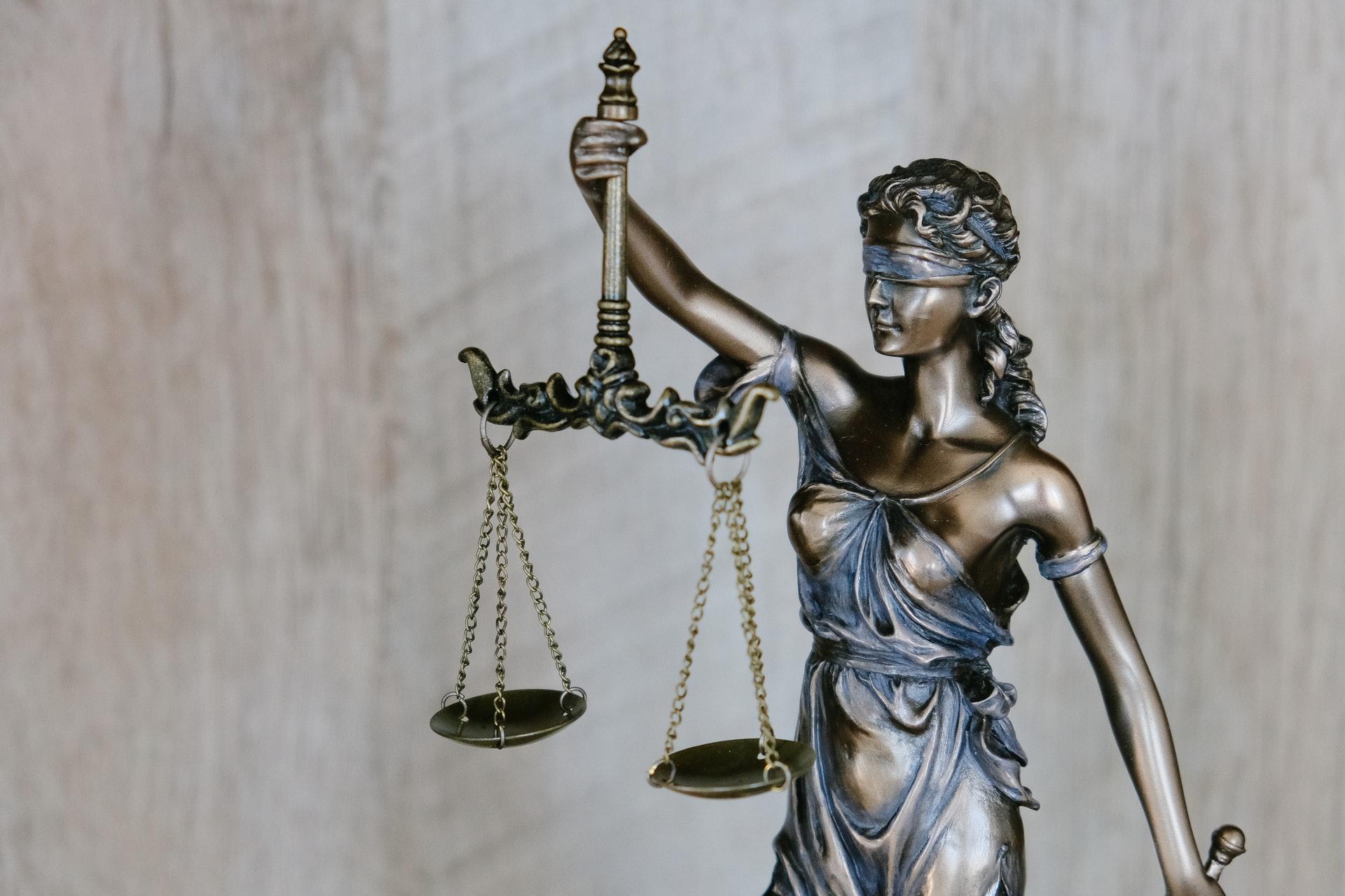 Os caminhos do direito